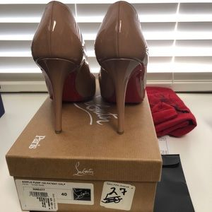 Christian Louboutin simple 100 patent nude pumps